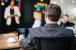 Formación en liderazgo y gestión de equipos